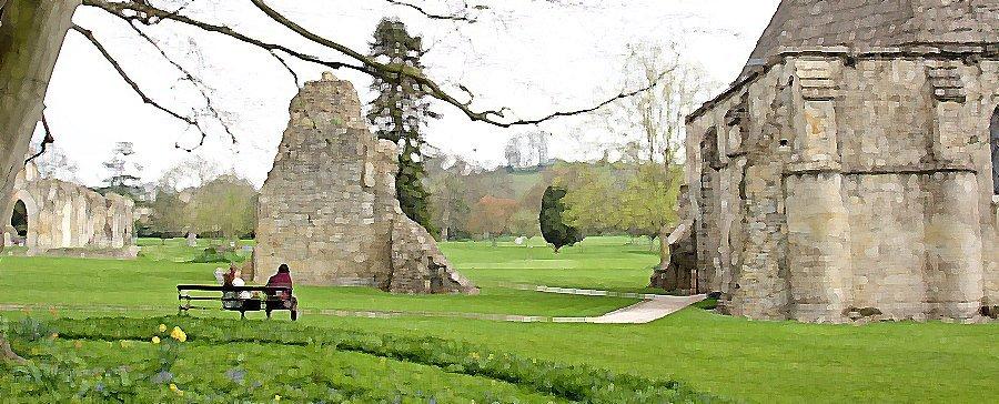 Rínas da antiga Abadia de Glastonbury, Grã Bretanha. Ainda inteiro, com cobertura, resta apenas o edifício da antiga cozinha da última fase de existência da Abadia. No seu interior, reconstrução dos elementos e costumes da época.